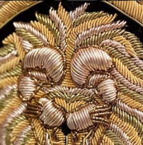 Detail-des-broderies-de-la-robe-Balmain-pour-H-M_exact1024x768_p